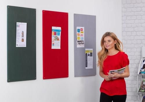 Spaceright Unframed Noticeboard - 1800 x 1200mm - Red