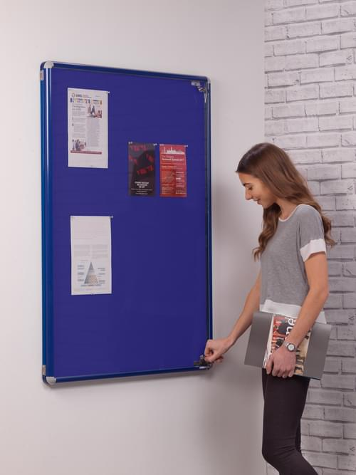 Spaceright SmartShield Flame Retardant Tamperproof  Shatterproof Notice board - 600 x 900mm - Blue/Blue