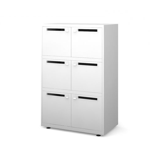 Lockers with Post Slot