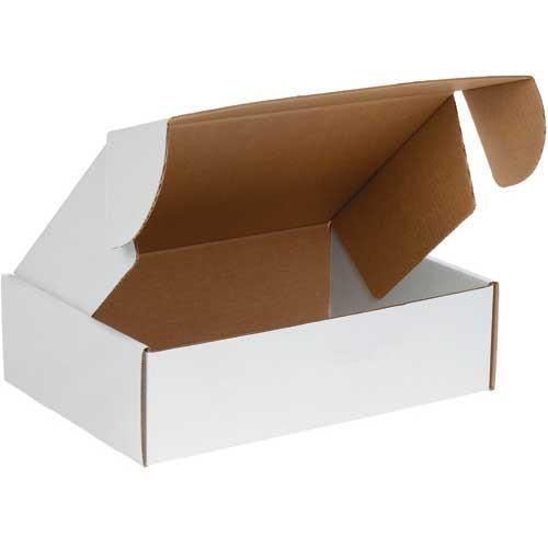 "Easilock White Cardboard Box  10.75x8x3.5"" (274x203x89mm)"