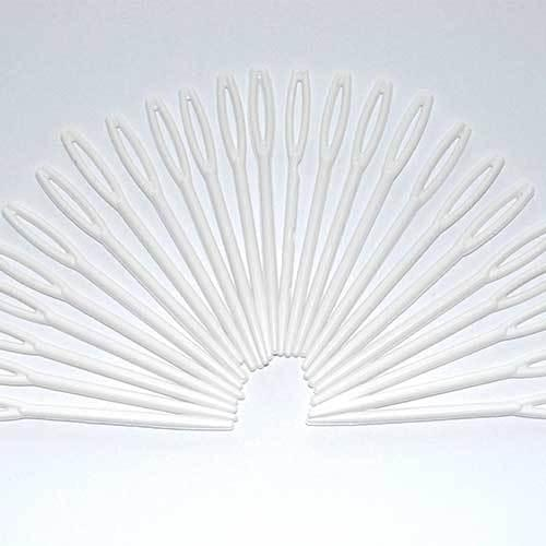 Plastic Threading Needles Pk25