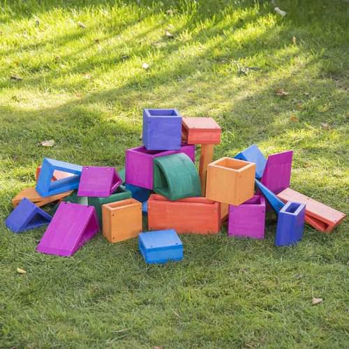 Outdoor Coloured Wooden Hollow Blocks plus Storage Tray