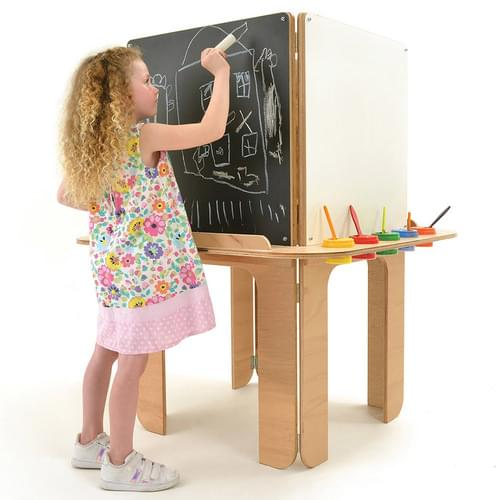 Early Years Art/Display Furniture & Easels