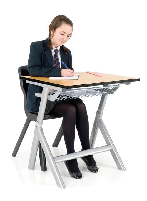 TITAN HEIGHT ADJUSTABLE TABLE