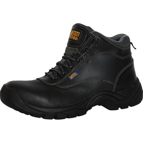 Black Deluxe non-metallic boot with toe cap and mid sole, Size 9