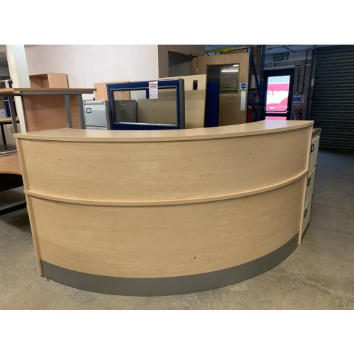 Reception Unit, With Counter Top, Finished In Maple. 1600mm Width x 1600mm Depth. 1 In Stock