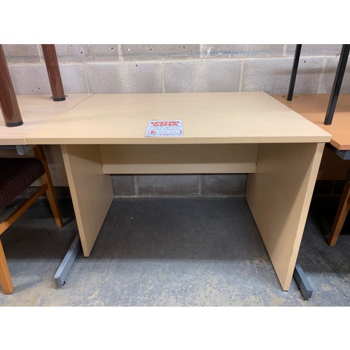 Rectangular Panel-End Desk, In Maple Finish. 1000mm Width x 800mm Depth. 1 In Stock