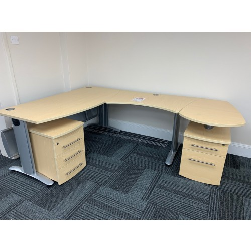 Workstation, With Two Pedestals, In Maple Finish - 2200mm Width x 1600mm Depth. 1 In Stock