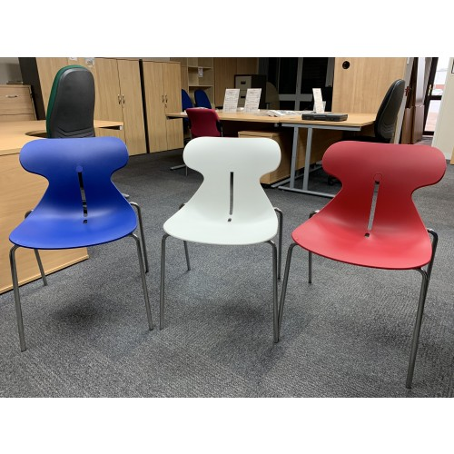 Canteen Chairs; 8 Red, 9 Blue & 5 White Available. Good Condition!
