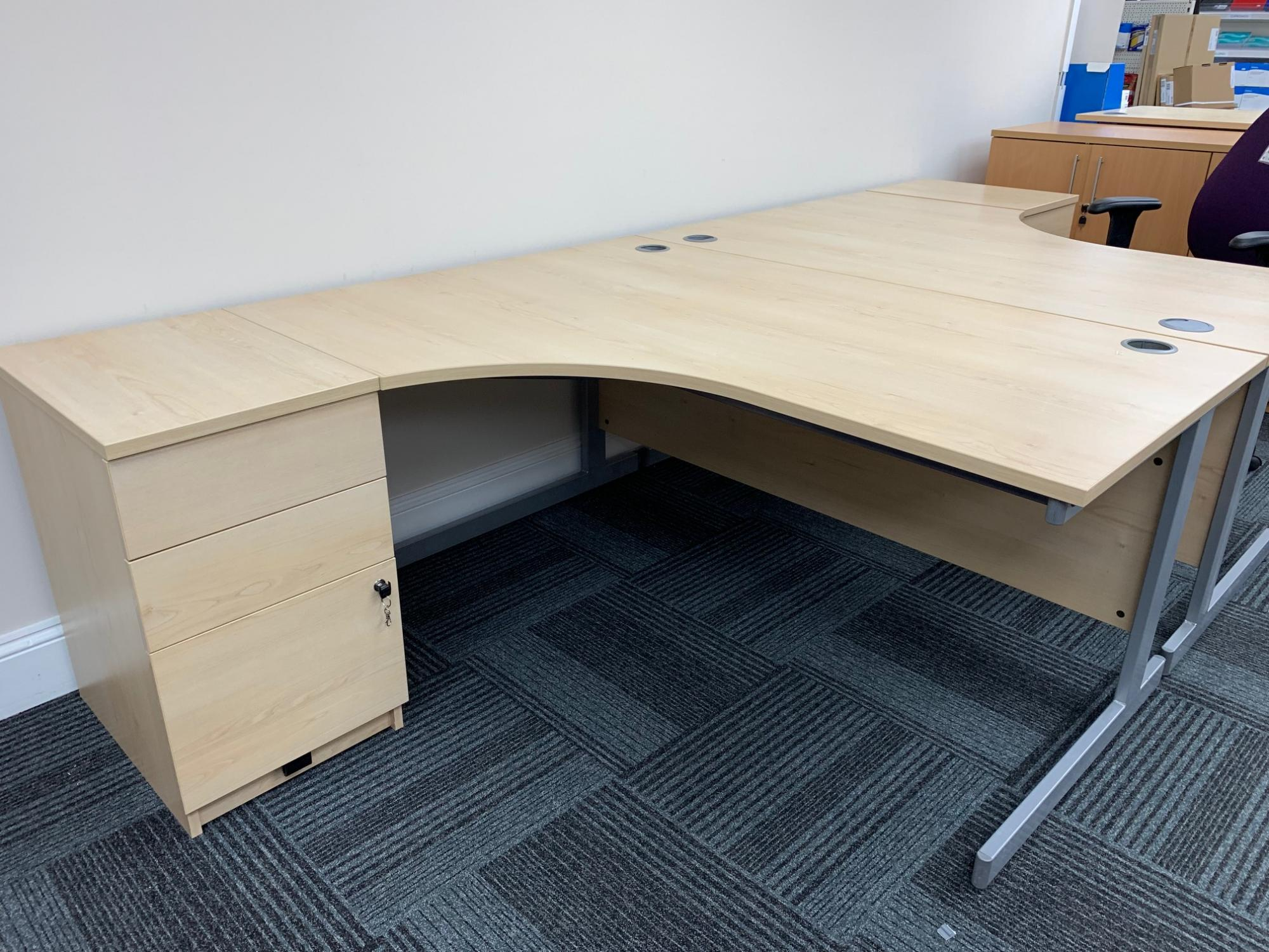 Secondhand Desking