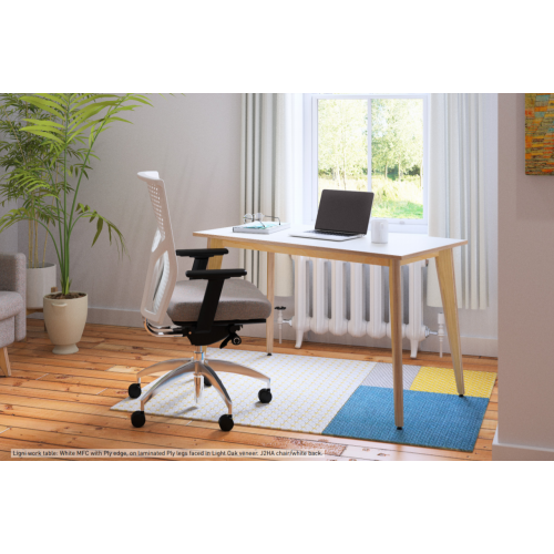 Ligni Workstation, 1400 x 650mm, White MFC (legs faced in Light Oak Veneer)