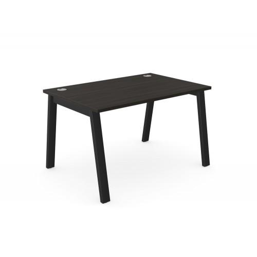 Switch Single Desk with A-Leg