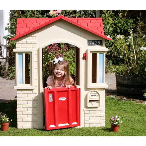 LITTLE TIKES Cape Cottage (Tan and Red)