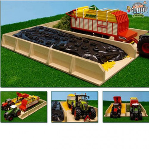 Kids Globe Silage Pit for Tractors 1:32